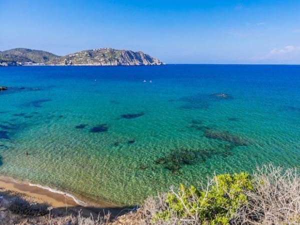 Offerte viaggio scontate alpiclub invisa cala verde for Soggiorno ibiza