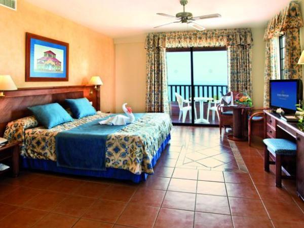 Offerte viaggio scontate bahia principe tenerife resort - Canarie a dicembre si fa il bagno ...