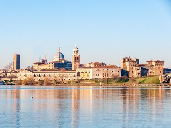 Capodanno a Mantova tour in bus partenza da Roma