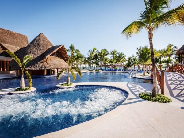 Offerte viaggio scontate hotel barcelo maya beach e caribe for Hoteles en algeciras con piscina