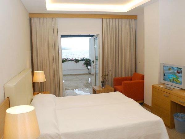 Offerte viaggio scontate hotel mavi kumsal turchia for Camere matrimoniali scontate