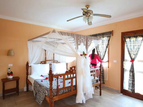 Offerte viaggio scontate palumbo beach resort s for Camere matrimoniali scontate