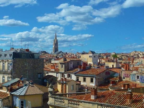 Offerte viaggio scontate tour guidato in pullman francia for Montpellier citta