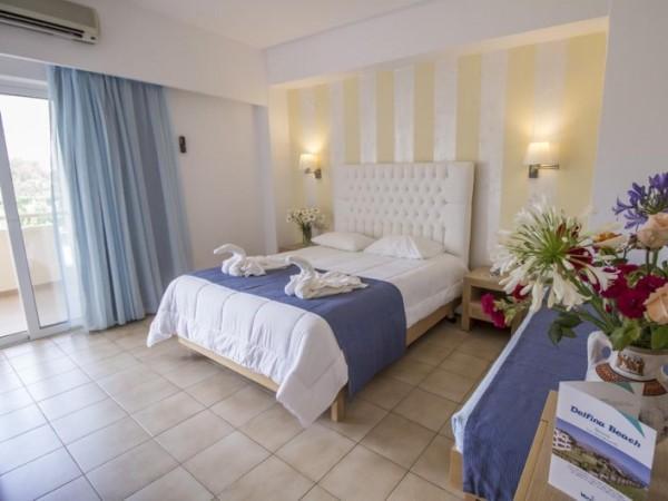 Offerte viaggio scontate veraclub delfina beach grecia for Camere matrimoniali scontate