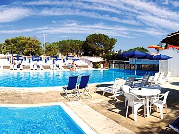 Offerte viaggio scontate porto giardino resort monopoli italia puglia caesar tour - Porto giardino resort monopoli ...